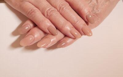 【ネイルケア】どうしたら綺麗な爪の状態が保てますか?